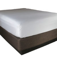 Easily installed in less than 2 minutes WITHOUT removing the mattress.