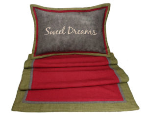 sweet-dreams-pillow-and-bdscrf-web